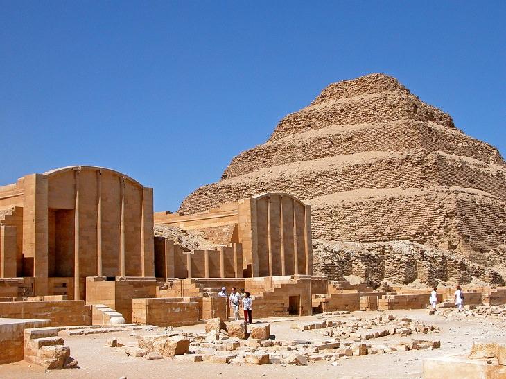 הפירמידות במצרים: הפירמידה של ג'וסר
