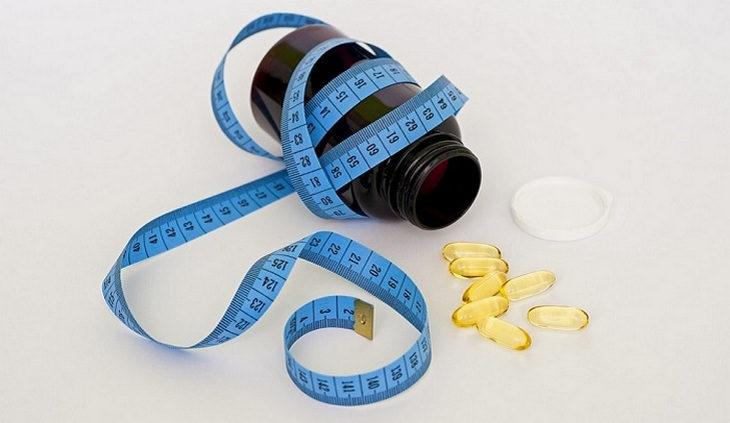 בדיקות בריאות: סרט מדידה ותרופות