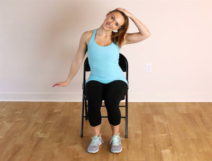 מתיחות שמונעות נזקים של ישיבה ממושכת: מתיחת צוואר