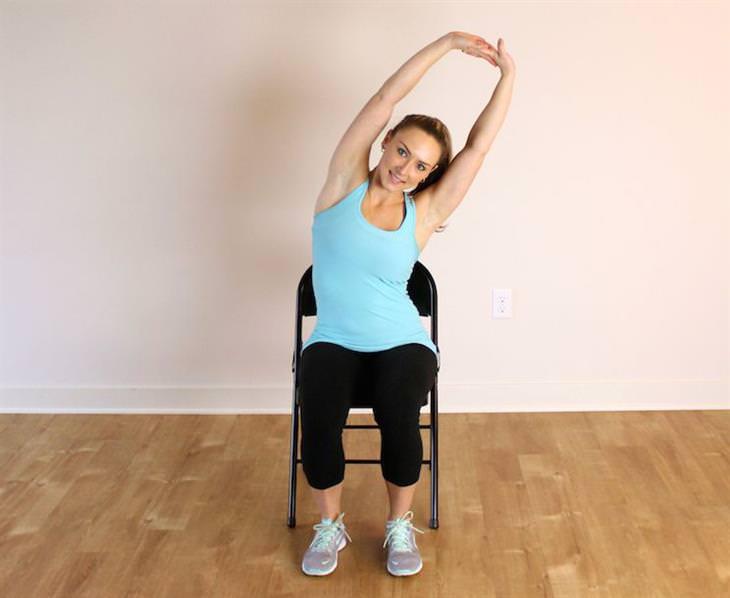 מתיחות שמונעות נזקים של ישיבה ממושכת: מתיחת עמוד שדרה