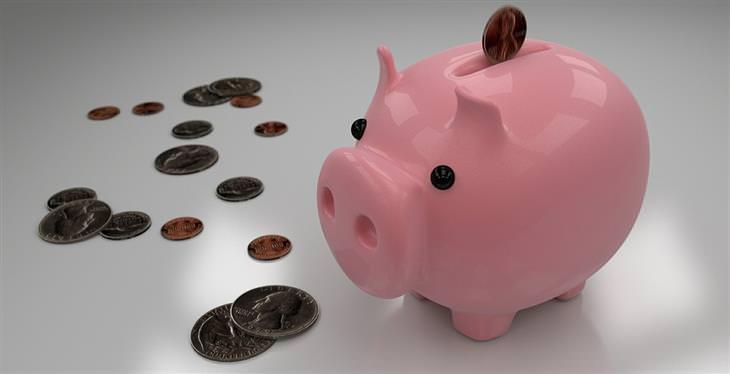 איך ומתי מביאים דמי כיס לילדים: קופת חיסכון בצורת חזיר