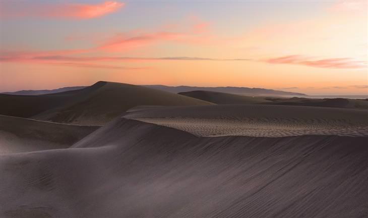 תמונות יפות של קליפורניה: דיונות החול של חוף פיזמו, אושיאנו