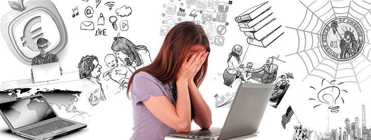 דברים שבני הדור הצעיר מספרים לפסיכולוגים על הוריהם: אישה מסתירה את פניה עם ידיה, מולה מחשב נייד וסביבה איורים רבים