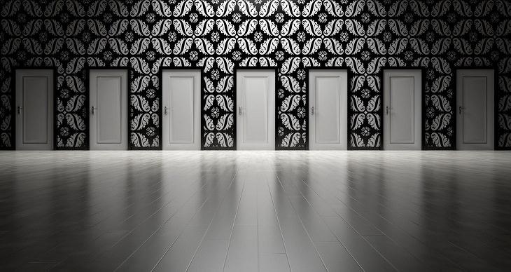 טיפים להשבת האושר לחיים: שורת דלתות