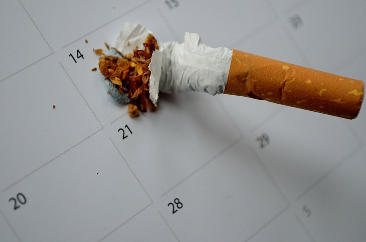 טיפים להשבת האושר לחיים: סיגריה