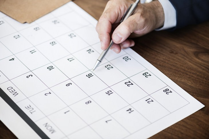 תכנון אירוע חברה מוצלח: לוח שנה