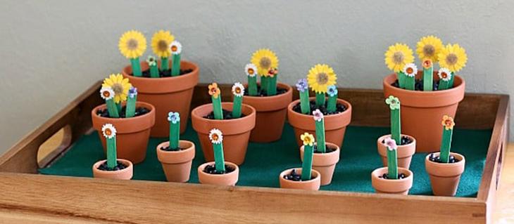 יצירות ומשחקים ממקלות עץ: פרחים ממקלות עץ
