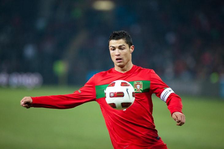 המדריך השלם למונדיאל 2018: כריסטיאנו רונאלדו במדי פורטוגל