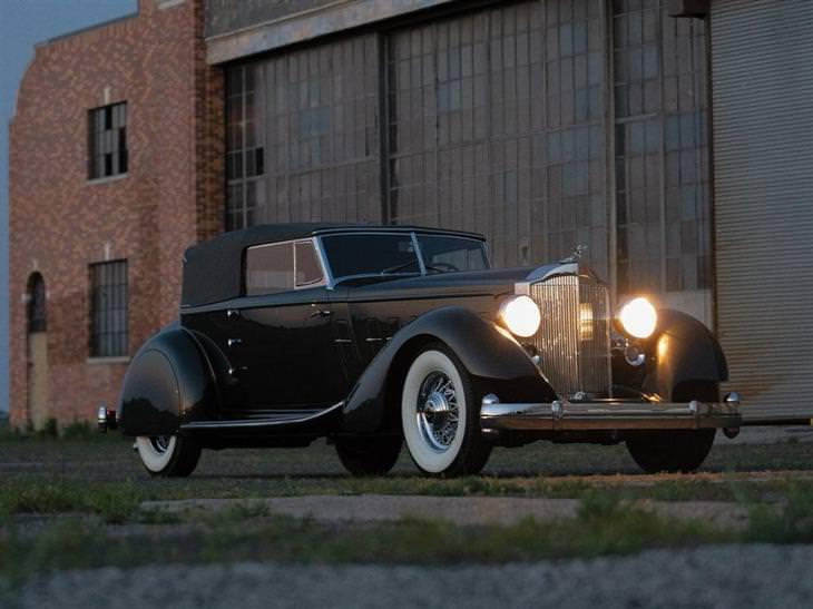 מכוניות יוקרה: 1934 פקארד 12 הזמנה מיחדת קונברטייבל ויקטוריה של דיטריך