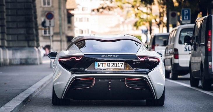 רכב עתידני: החלק האחורי של קוואנט אי לימוזין
