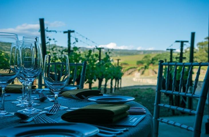 עריכת שולחן חג: שולחן חגיגי