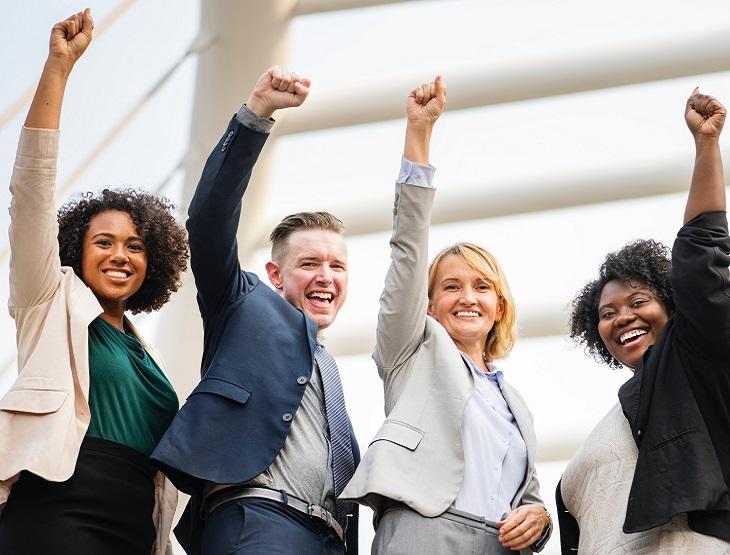 העתיד הכלכלי של רואי החשבון: אנשי עסקים מצליחים