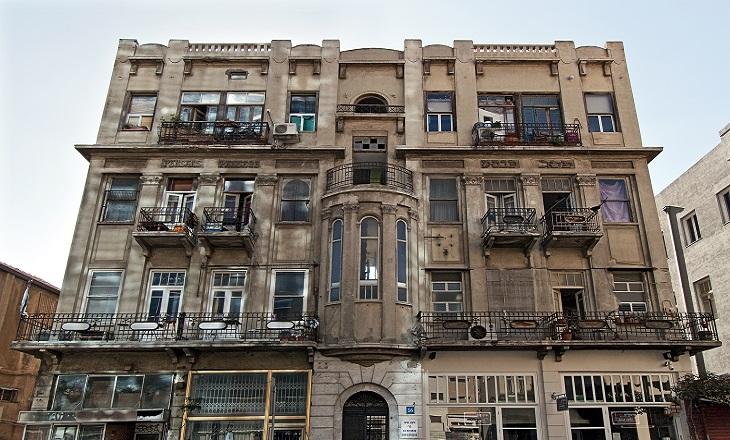 מבנים היסטוריים בתל אביב: פסז' פנסק - בית המעליה