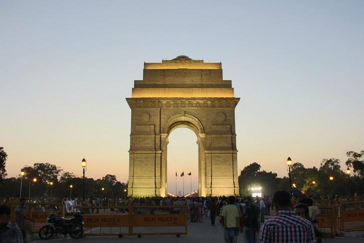 מקומות למשפחות בהודו: שער הודו בעיר דלהי