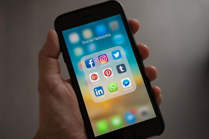 לימודי תקשורת: אפליקציות בסמארטפון