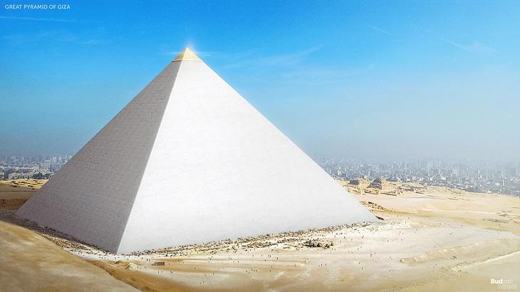 שחזורי 7 פלאי תבל של העולם העתיק: הפירמידה הגדולה של גיזה כפי שניראתה בימי קדם