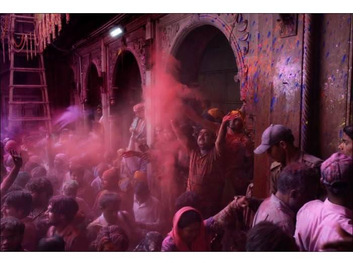 פסטיבל הולי בהודו - חגיגת ליל ירח מלא