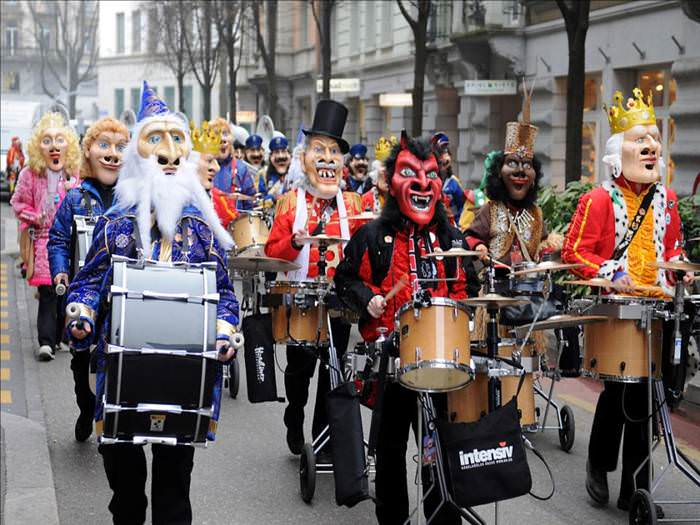 הפסטיבל הססגוני בלוצרן - חגיגת מסיכות מהמאה ה-15