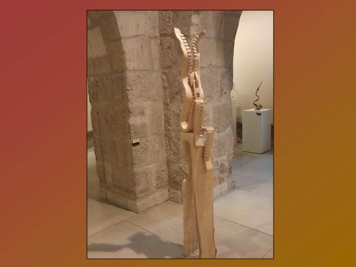 פסלים של אומברטו אבאד