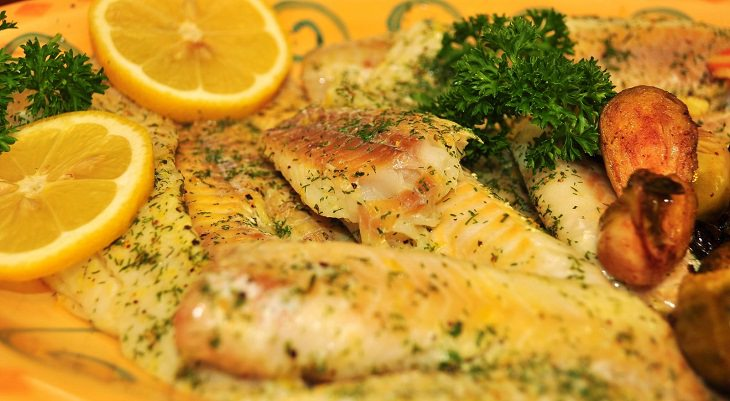 מתכון לדג אפוי בטעם הדרים