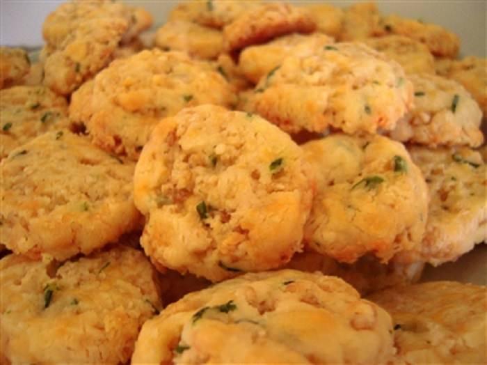 מתכון ללביבות חמות עם גבינה ועירית