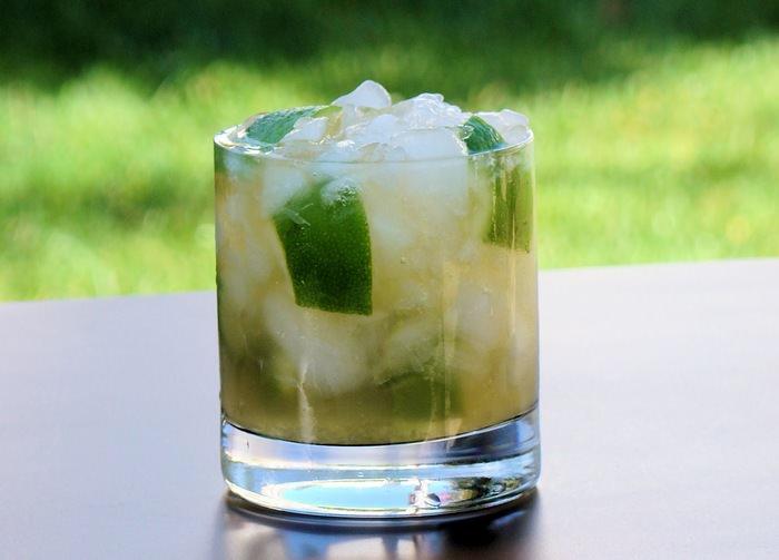 מתכון לקאיפיריניה, משקה אלכוהולי