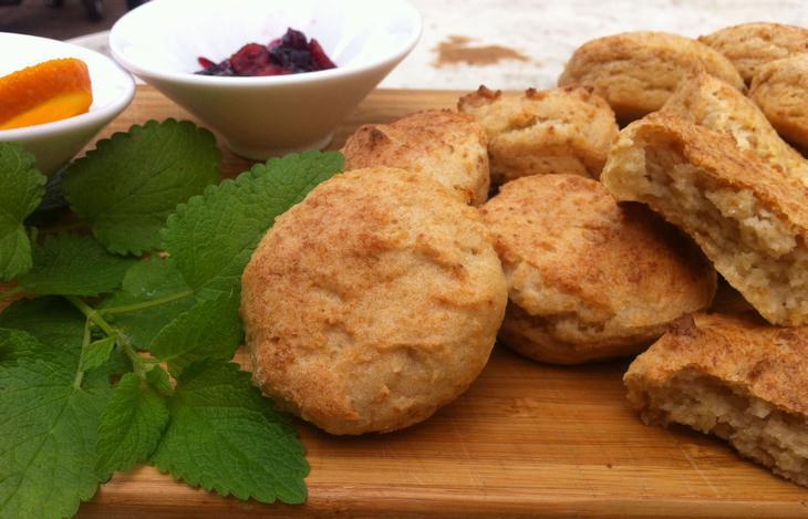 """מתכון ללחמניות טפיוקה מתוקות לפסח מהבלוג """"מפרגנת בריאות"""""""