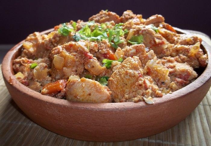 מתכון קל לתבשיל עוף - צ'אחוֹחבּילי גאורגי מסורתי