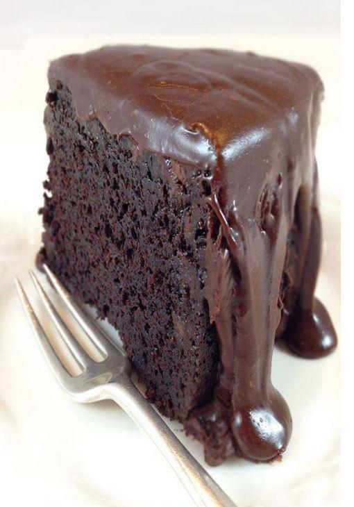 מתכון לעוגת שוקולד בחושה קלה להכנה