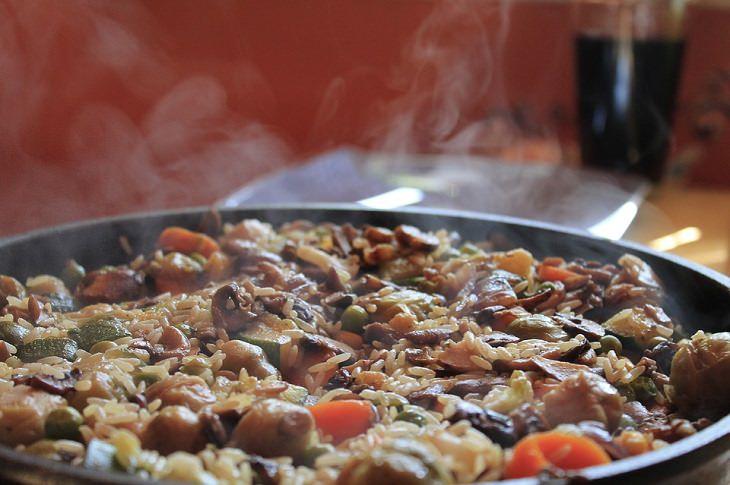 מתכון לתבשיל ספרדי קלאסי - פאייה