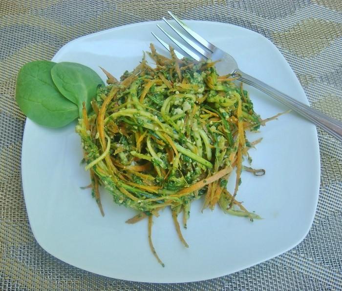 מתכון לספגטי גזר וזוקיני בפסטו תרד