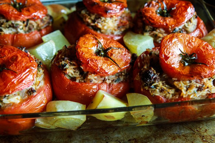מתכון לעגבניות ממולאות בבשר ואורז
