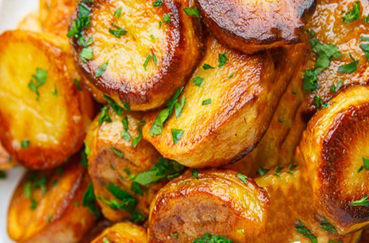 מתכון לתפוחי אדמה צלויים ועסיסיים