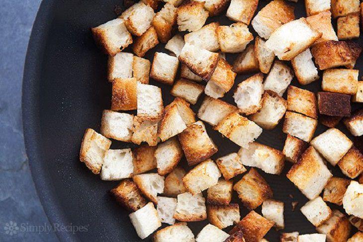 מתכון לקרוטונים קלויים בחמאה