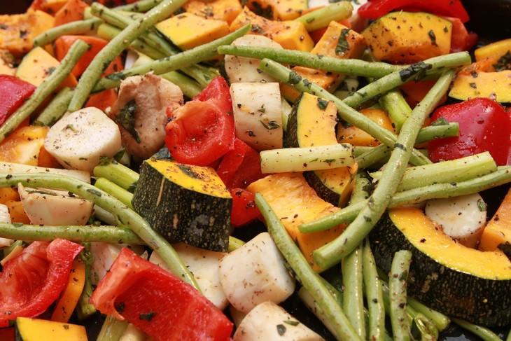 מתכון מהיר לירקות מאודים ומתובלים