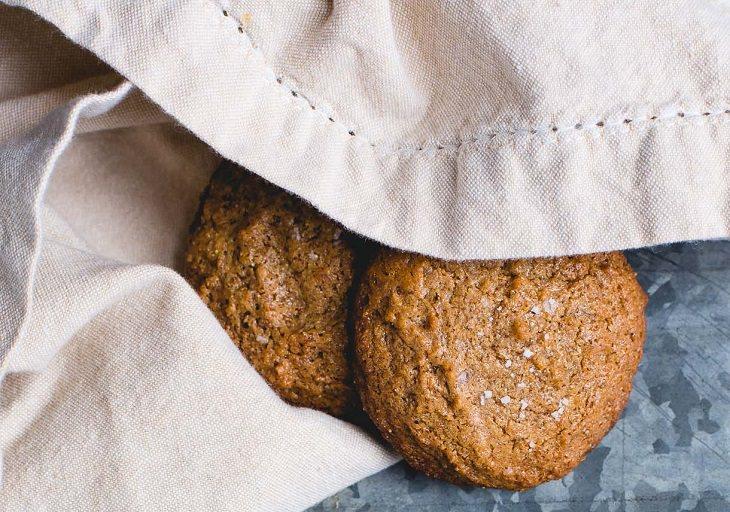 מתכון לעוגיות חמאת שקדים ללא קמח