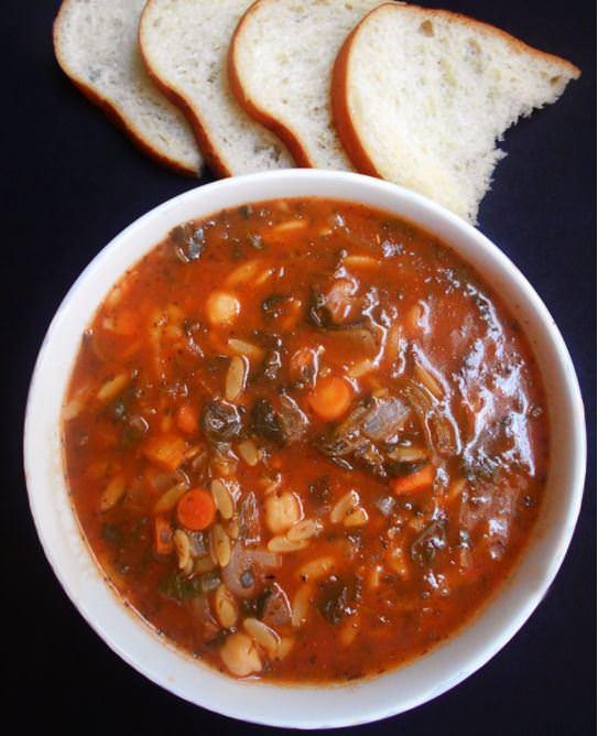 מתכון למרק ירקות עם פתיתים
