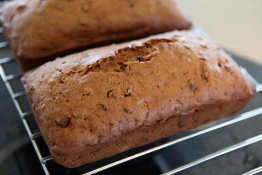 מתכון ללחם קישואים ואגוזים
