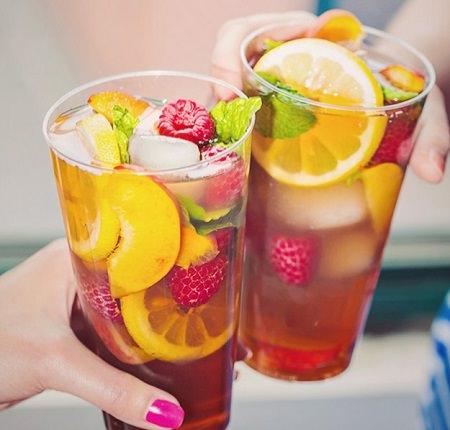 מתכון לתה קר פטל-אפרסק