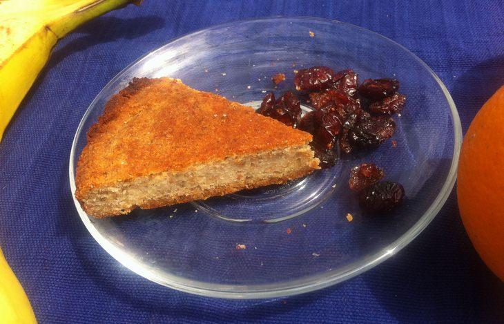 """מתכון לפאי שקדים ובננות כשר לפסח מהבלוג """"מפרגנת בריאות"""""""