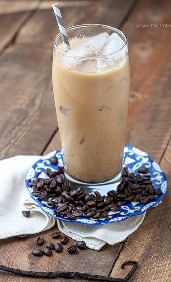 מתכון לאייס קפה לאטה וניל