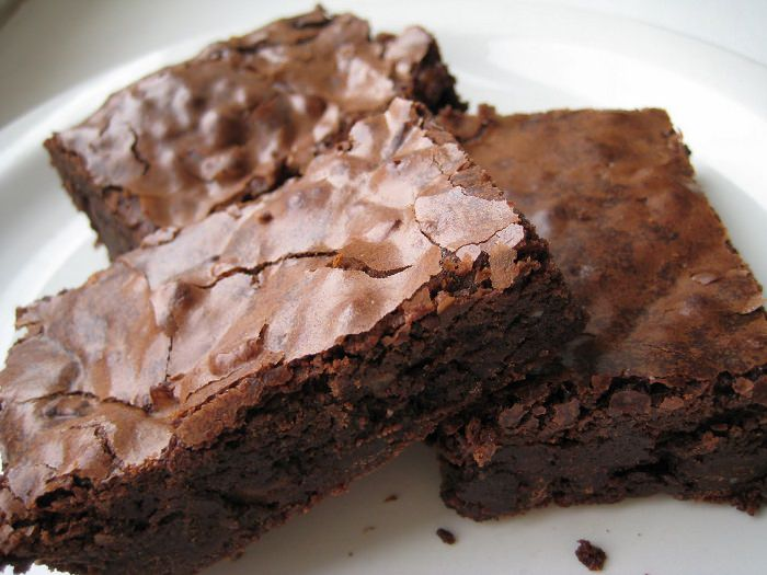 מתכון לעוגת בראוניז שוקולד ושעועית ללא גלוטן