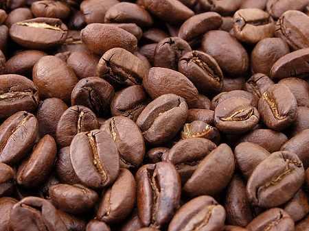 קפה, קפאין, רפואה, יתרונות הקפה, כוס קפה, פולי קפה