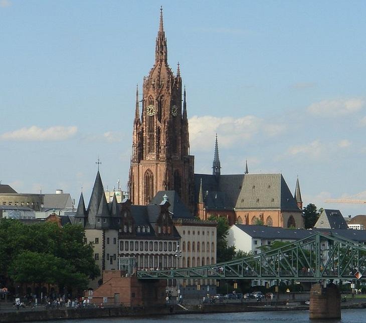 אתרים בפרנקפורט והסביבה: קתדרלת פרנקפורט והאזור