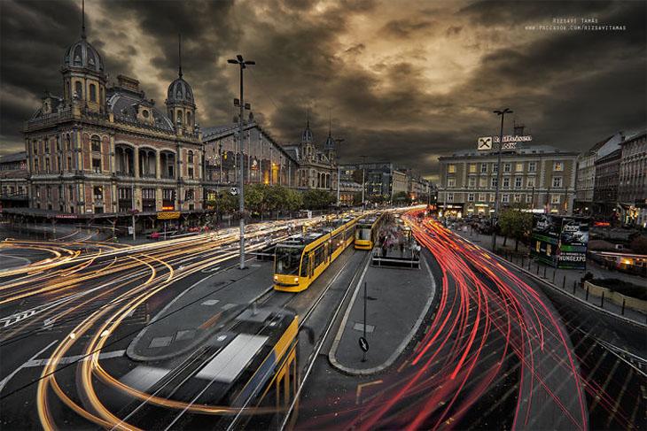רכבות ונופים: רכבות בעיר