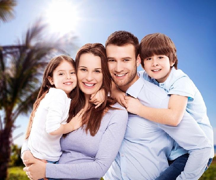 טעויות שהורים עושים: משפחה מאושרת