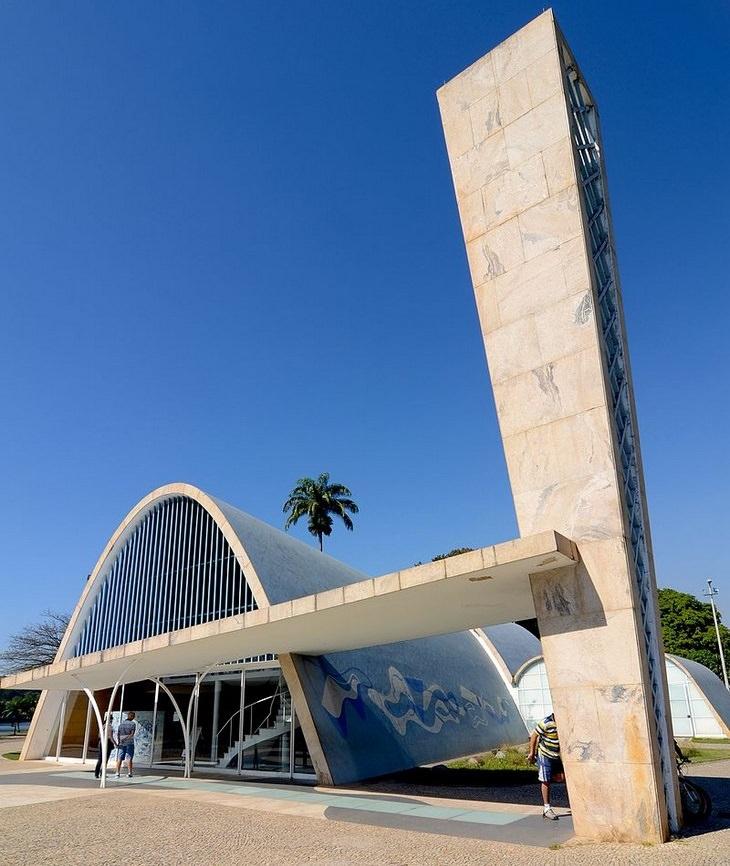 כנסיות מודרניות מסביב לעולם: כנסיית סנט פרנסס מאסיסי, פמפולה, ברזיל