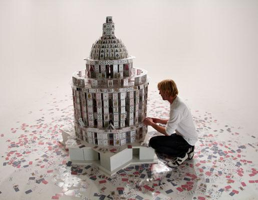 מגדלים של קלפים - אומנות מדהימה!