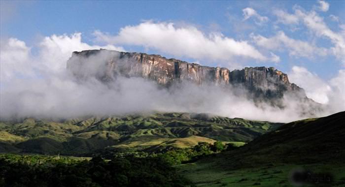הר רוריימה - הטבע במלוא תפארתו! (בעריכה)