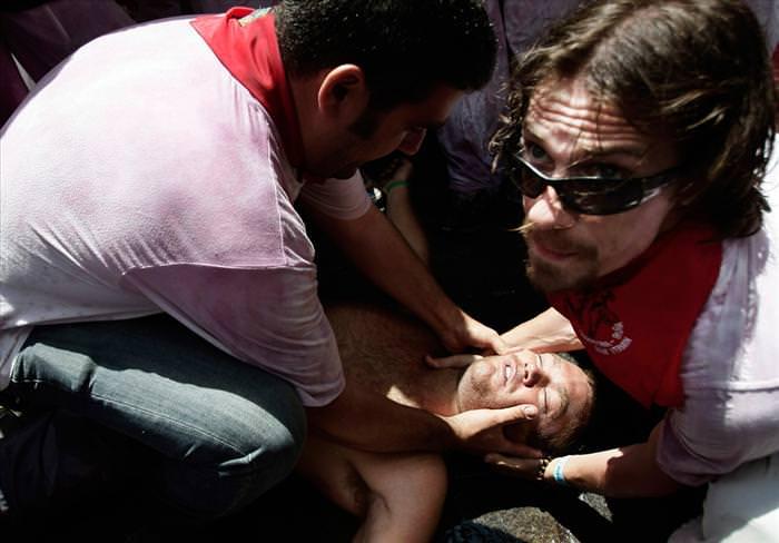 אוסף תמונות לא יאומן ממירוץ השוורים שמתקיים עכשיו בספרד!